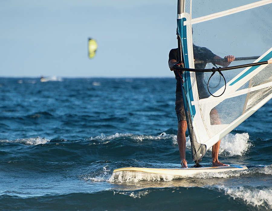 isla de sao vicente deportes acuaticos windsurf