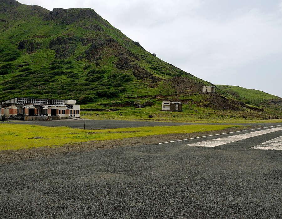 isla de brava aeropuerto abandonado