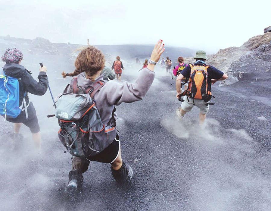 isla de fogo desdenso volcan en grupo