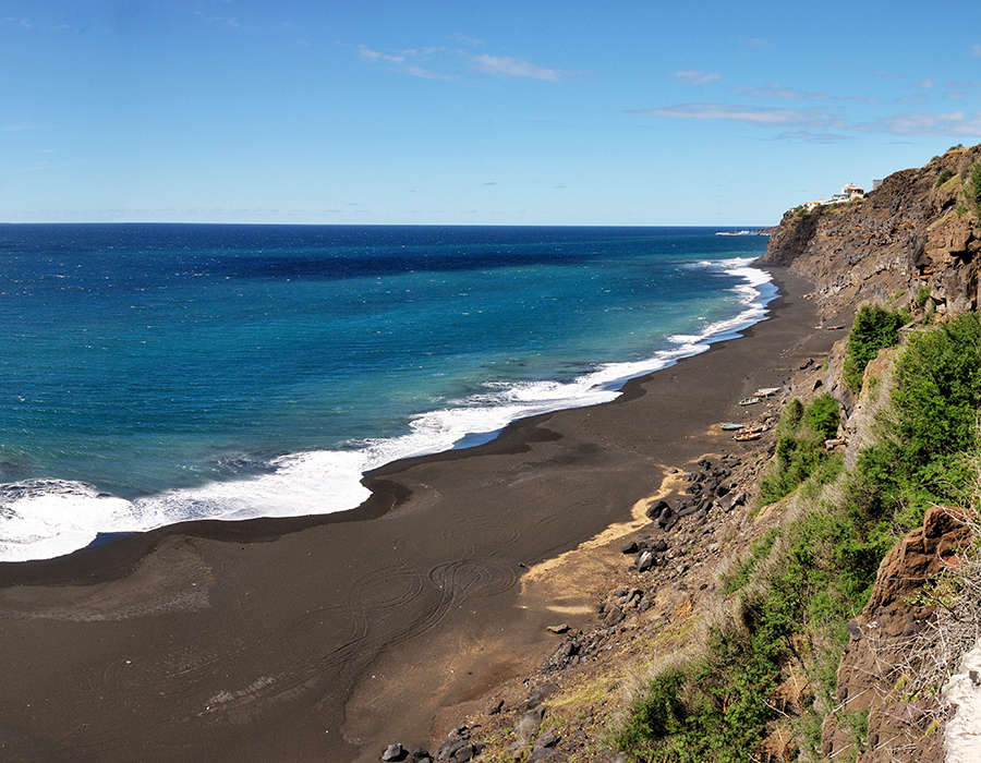 isla de fogo playa negra costa
