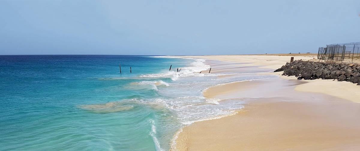 isla de maio playa porto ingles agua cristalina