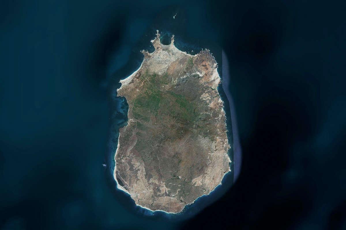isla de maio vista de satelite maps