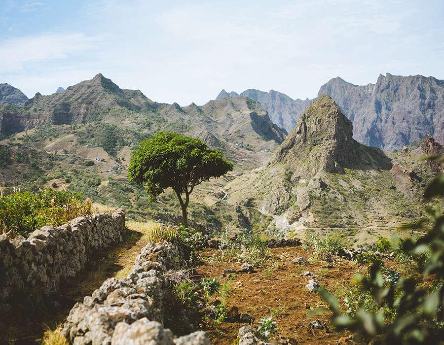 isla de santo antao trekking rural