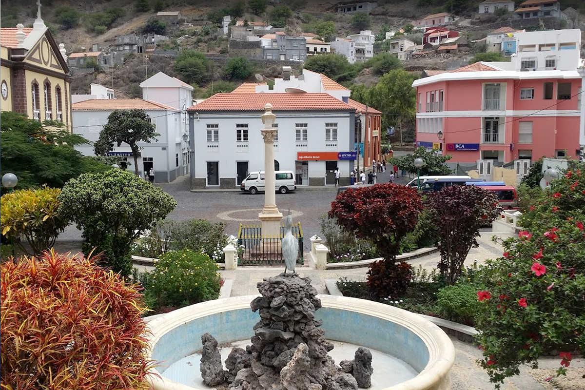 isla de sao nicolau centro plaza ciudad