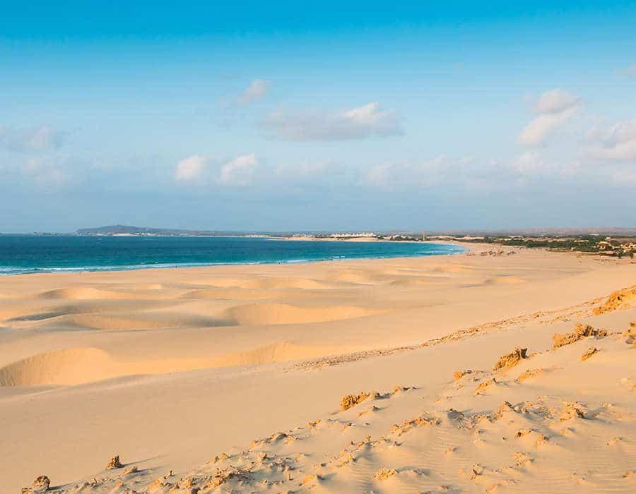 vacaciones en cabo verde playa boavista dunas arena blanca