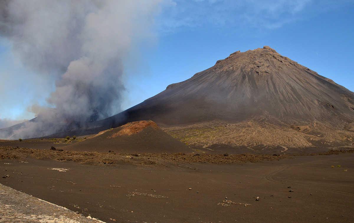 viajes a cabo verde islas de sotavento volcán