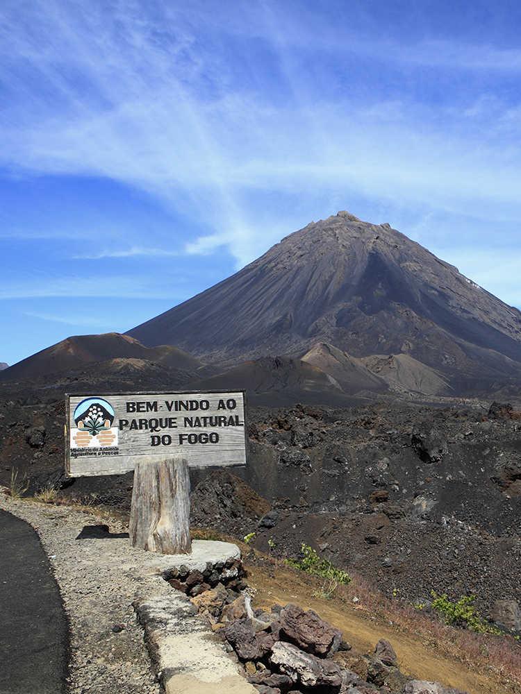 viajar solo en grupo a Cabo Verde destacados Pico do Fogo