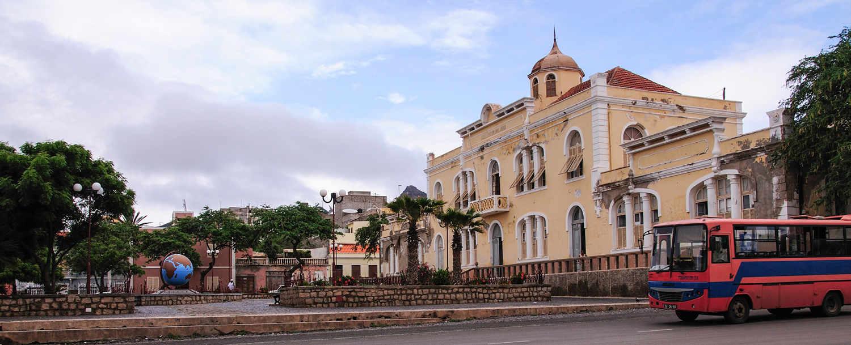 Arquitectura de Cabo Verde colonial, edificios característicos