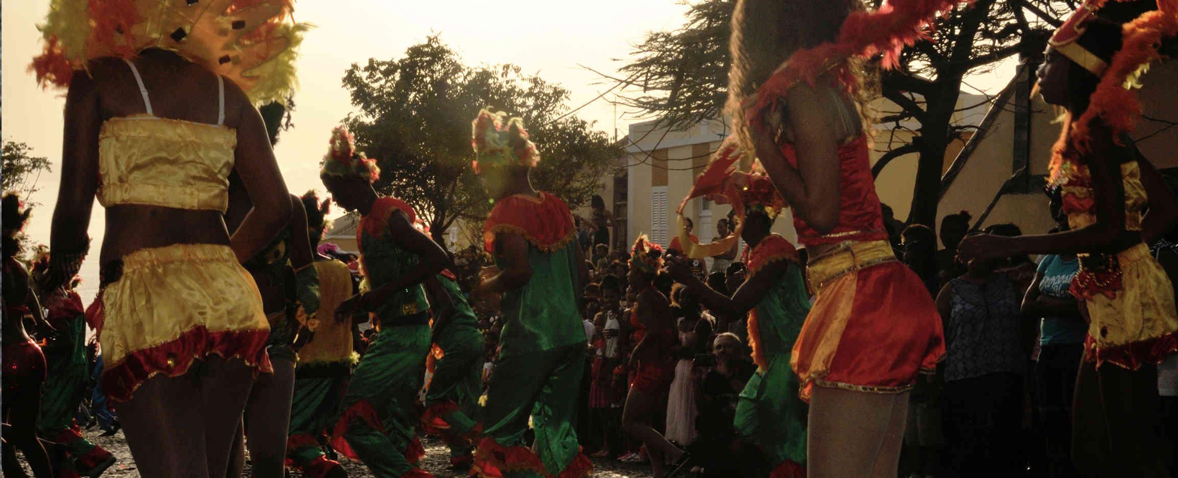 Carnaval de Cabo Verde Mindelo rua desfile