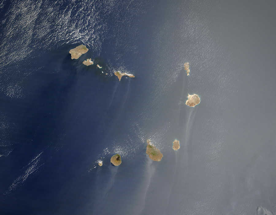 imagen bruma seca foto satélite NASA