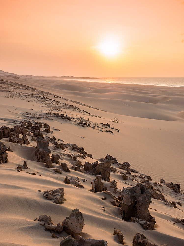 arenas de cabo verde puesta de sol en boavista con dunas