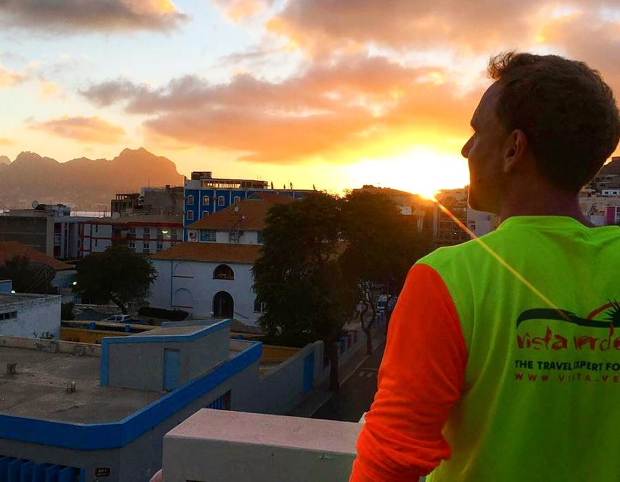 puesta de sol en Mindelo Monte Cara